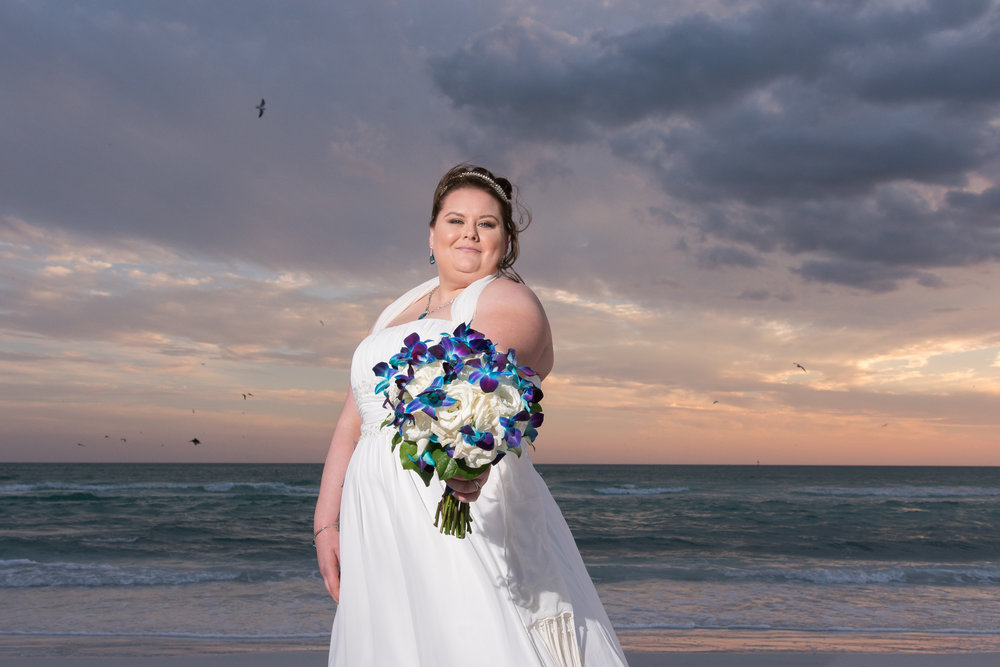 Siesta-key-beach-wedding-photo, bride-wedding-photo