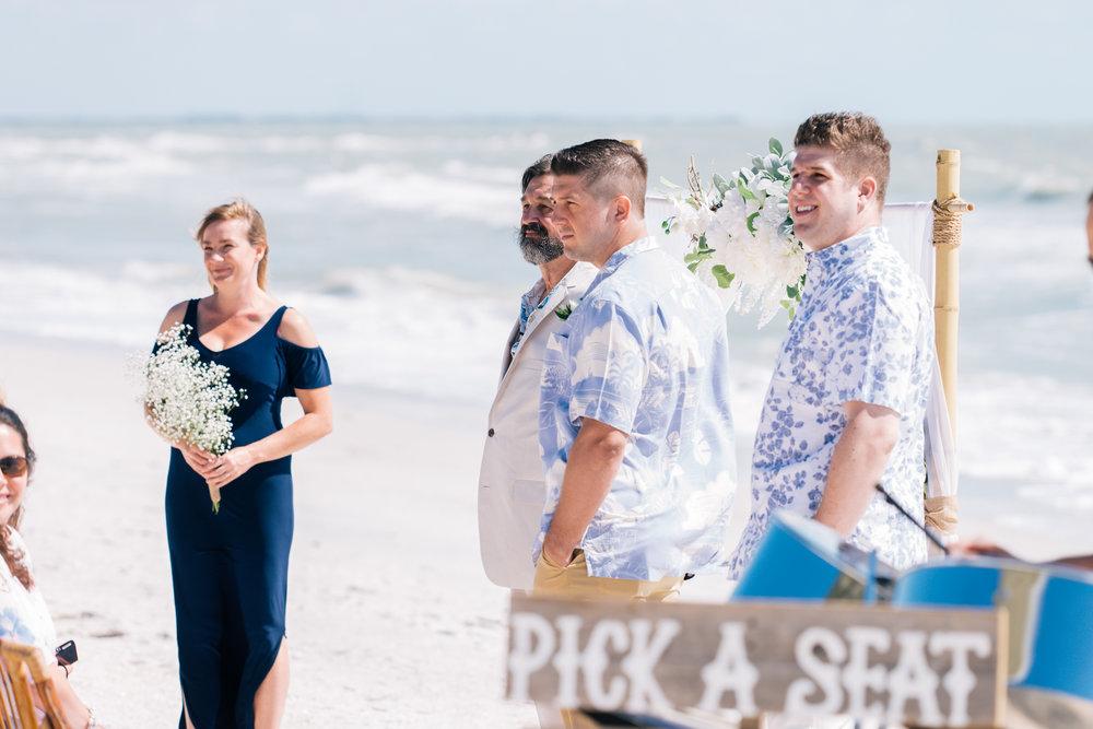 beach-wedding-ceremony-photo