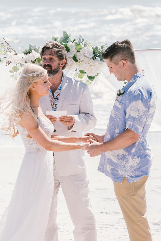 Tide-the-knot-beach-weddings, beach-wedding-ceremony-photo