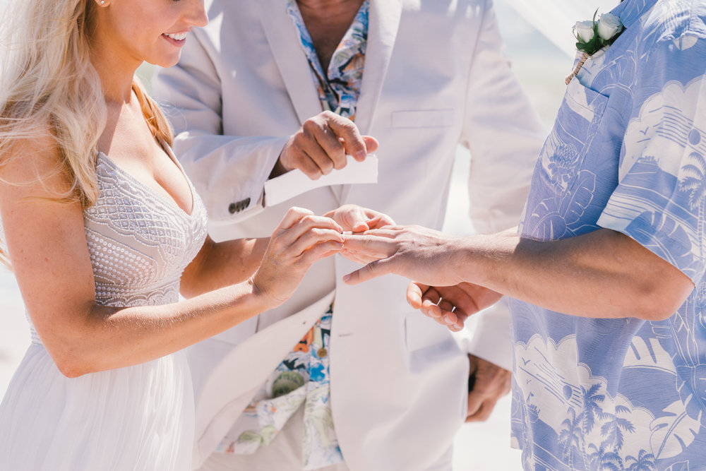 St.Pete-beach-wedding-ceremony