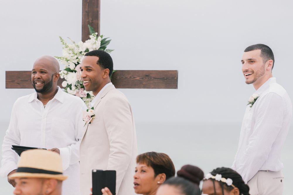 Anna-Maria-Island-beach-wedding-photo, Tampa-wedding-photographer