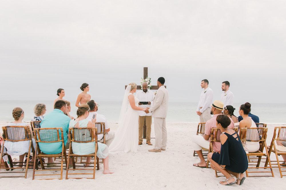 Anna-Maria-Island-beach-wedding, Tide-the-knot-beach-weddings