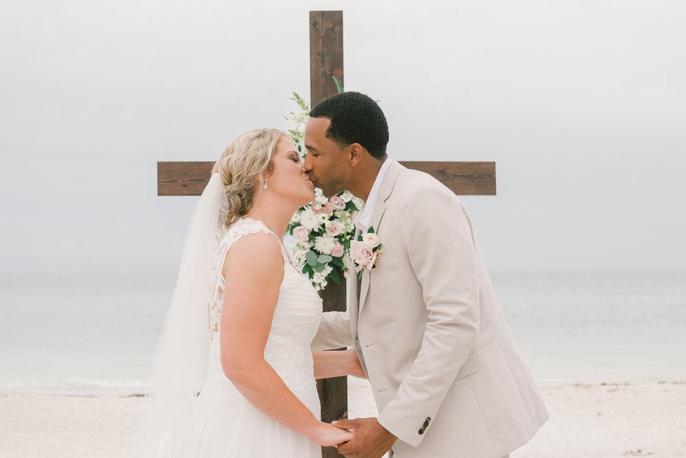 Bech-wedding-first-kiss, Florida-beach-wedding-photo