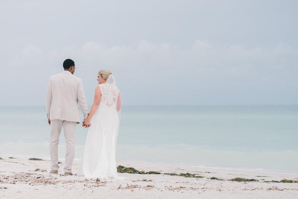Florida-beach-wedding-photographer, beach-wedding-couple