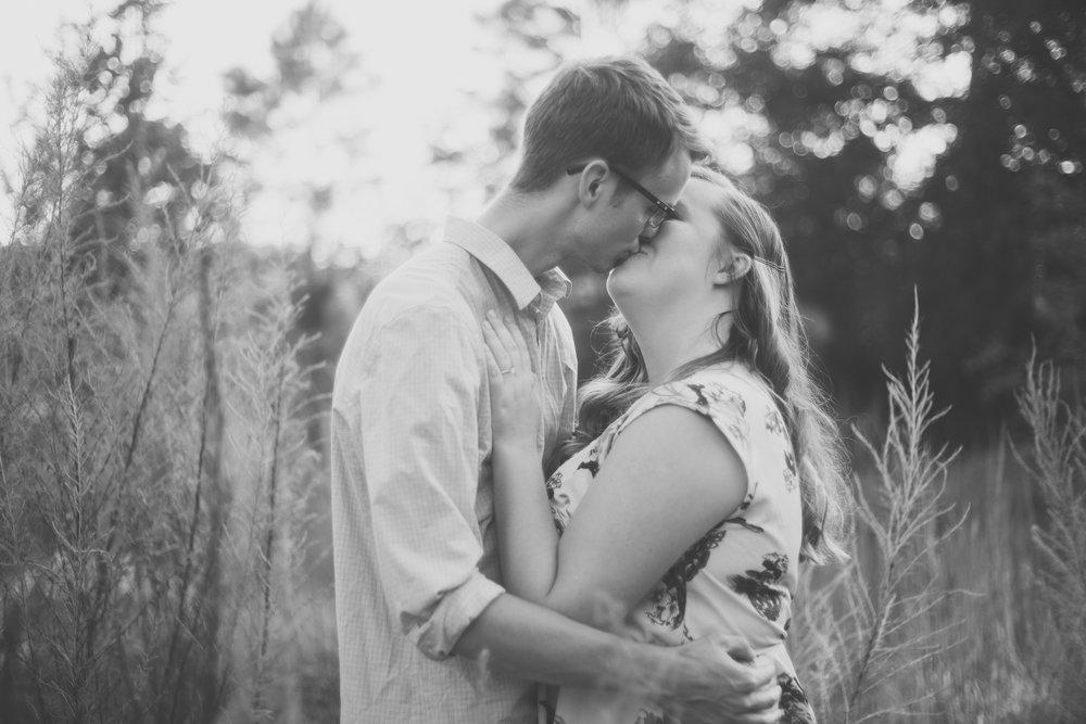Tampa-engagement-photo, Tampa-wedding-photographer