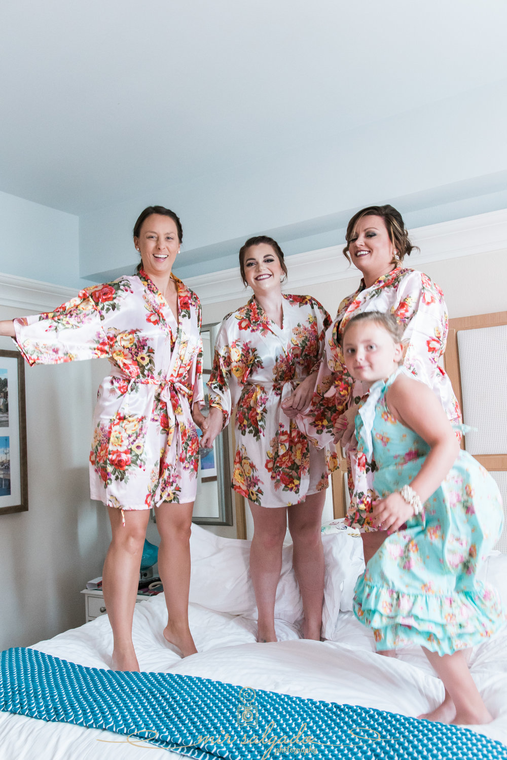 Getting-ready-photos, St.Pete-beach-wedding, Pink-wedding