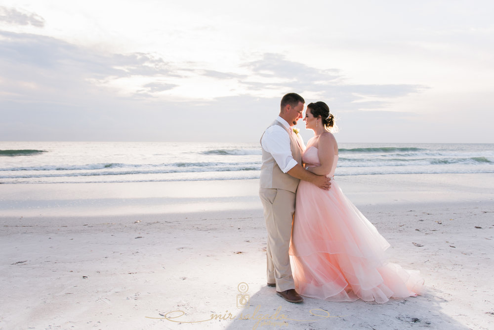 St.Pete-wedding-photography, Florida-wedding-sunset-photo