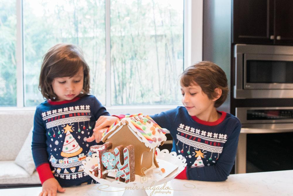 Tampa,-Christmas-session, Christmas-cookies, Tampa-photographer