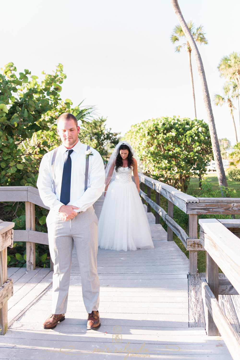 Tide-the-knot-beach-weddings, first-look-photo, beach-wedding-photo