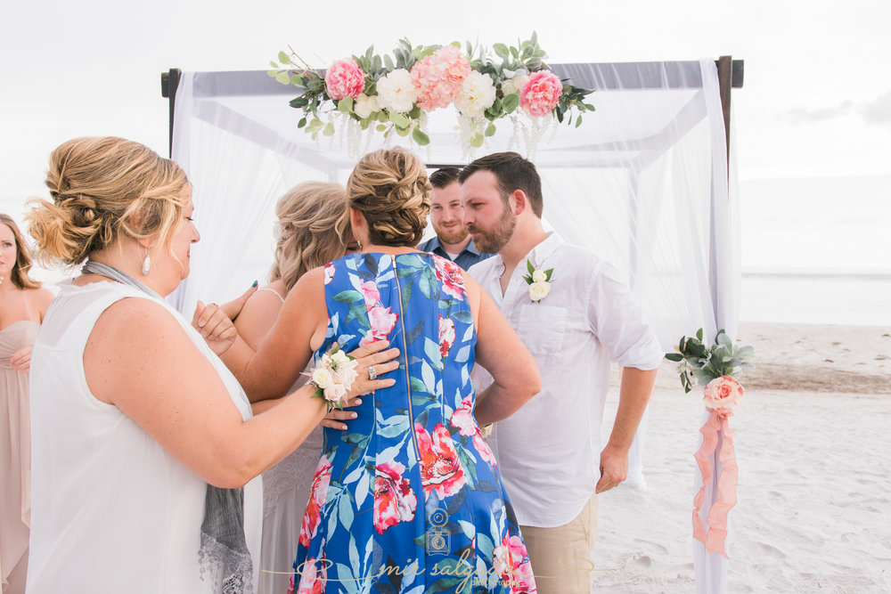 Florida-beach-wedding-ceremony-photo, St.Pete-wedding-photographer