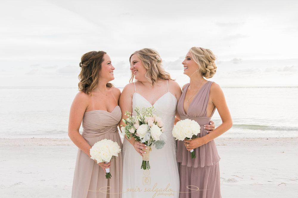 Anna-Maria-island-wedding-photo, bridal-party-photo, bride-and-bridesmaids-photo