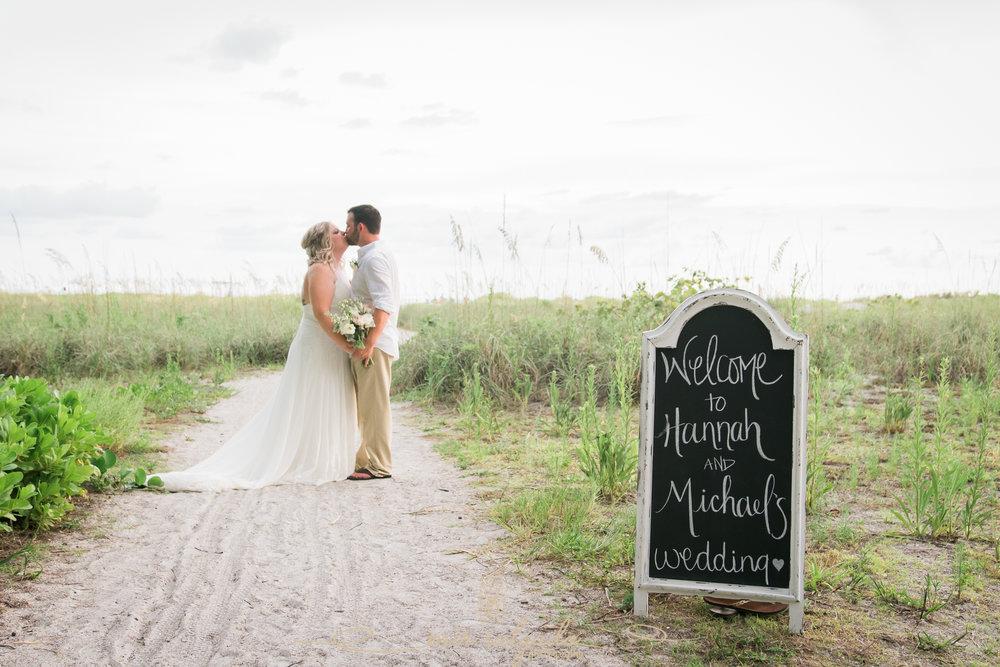 Anna-Maria-island-beach-wedding, Tampa-wedding-photographer