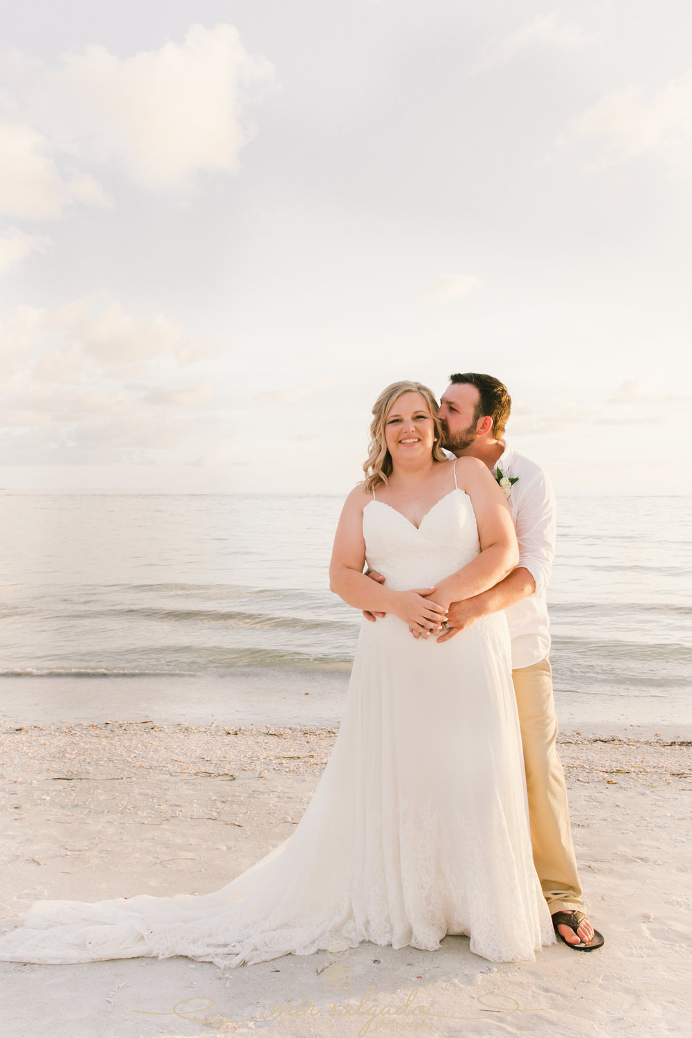 Tide-the-knot-beach-weddings, bride-and-groom-beach-wedding-photo