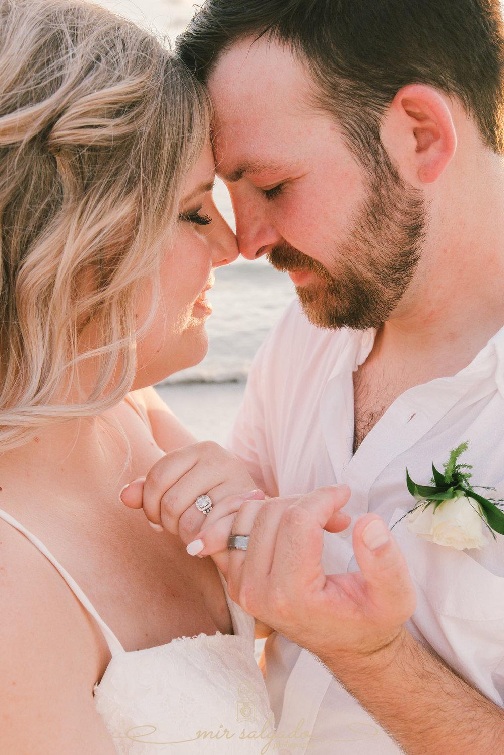 bride-and-groom-wedidng-photo, Tampa-wedding-photographer