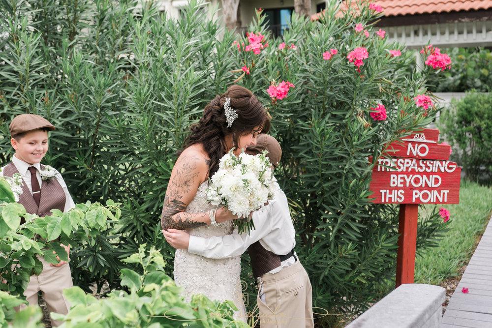 beach-wedding-photographer, Florida-bride-photo, Florida-wedding-photographer