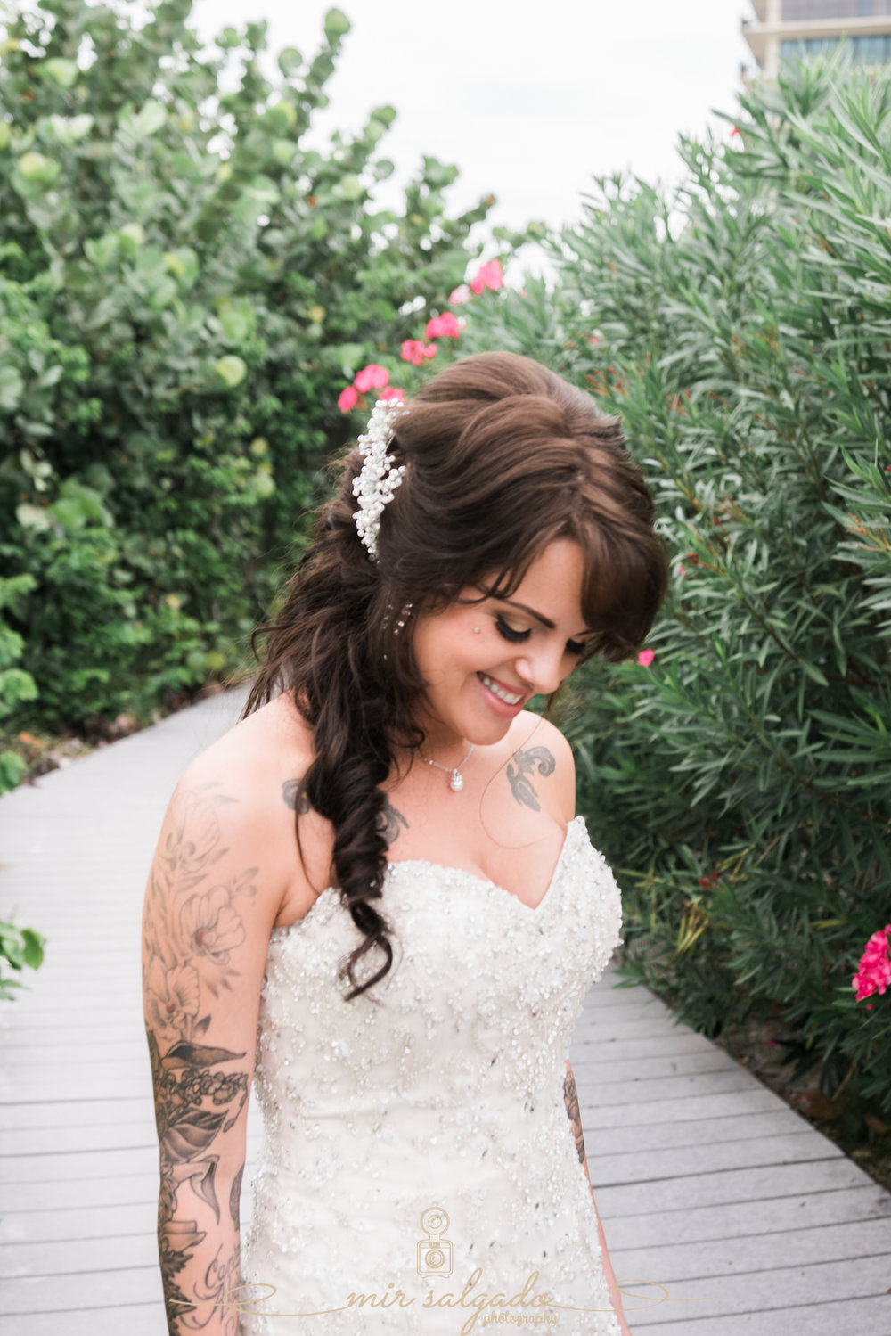 bride-wedding-photo, tide-the-knot-beach-weddings, St.Pete-wedding-photographer