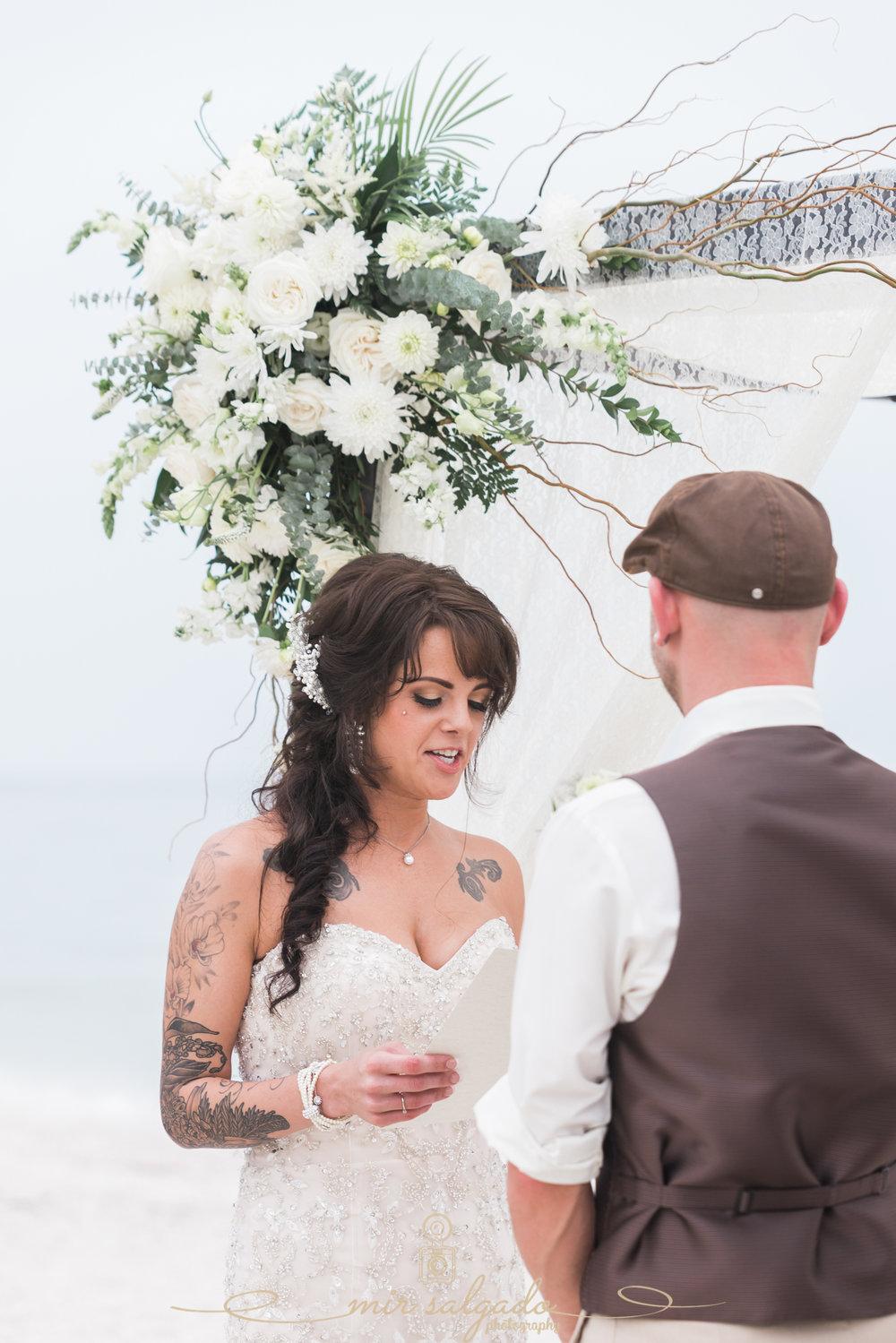 Tide-the-knot-beach-weddings, St.Pete-beach-wedding-ceremony