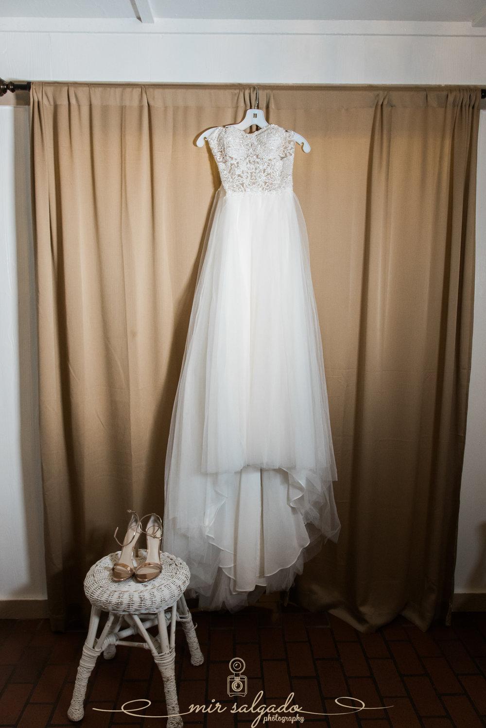 Tampa-wedding-photography, wedding-dress-photo, Tampa-wedding-details-photo