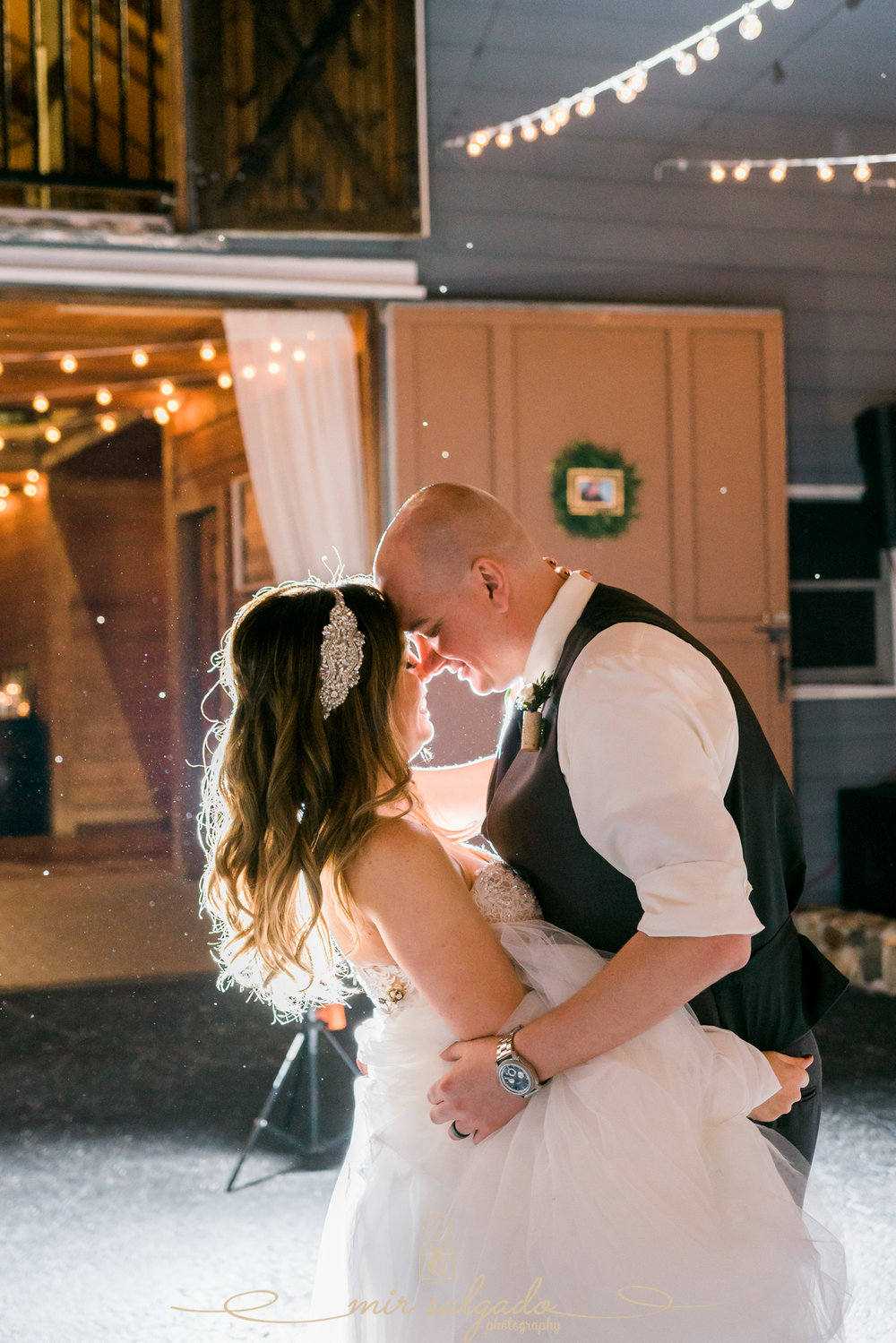 first-dance-wedding-photo, The-Lange-farm-wedding-photo