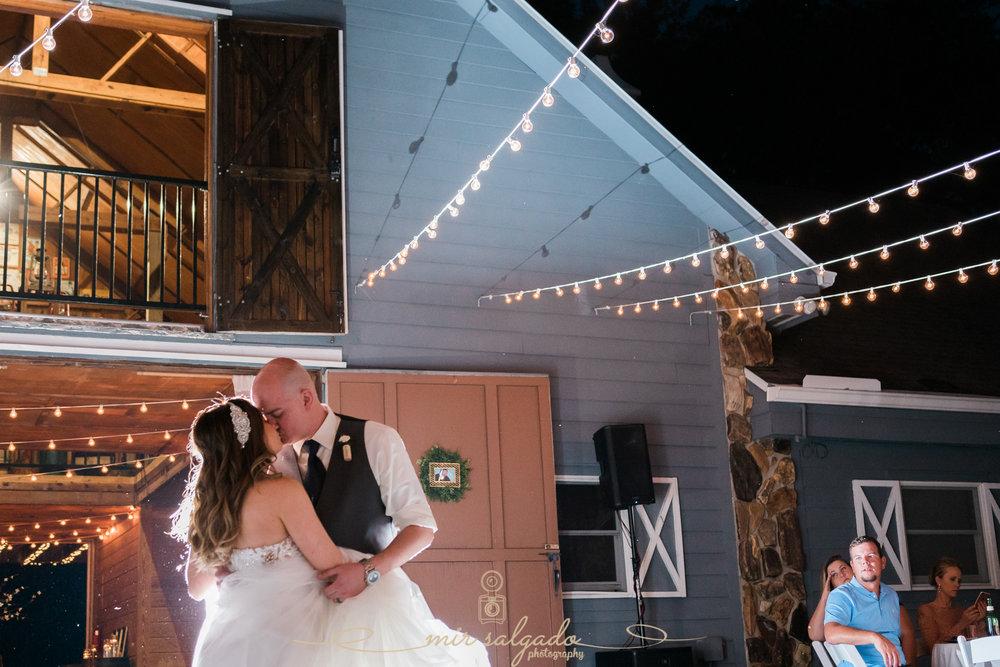 first-dance-photo, Tampa-wedding-photographer