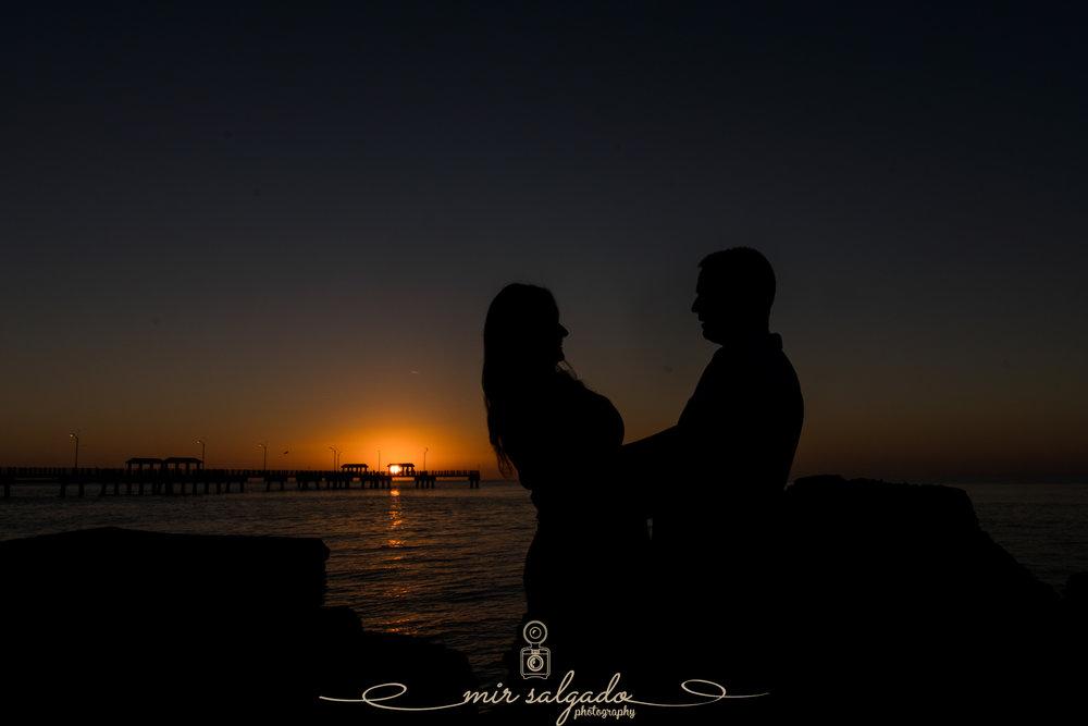 Florida-sunset-engagement-session, Fort-de-Soto-sunset-photo