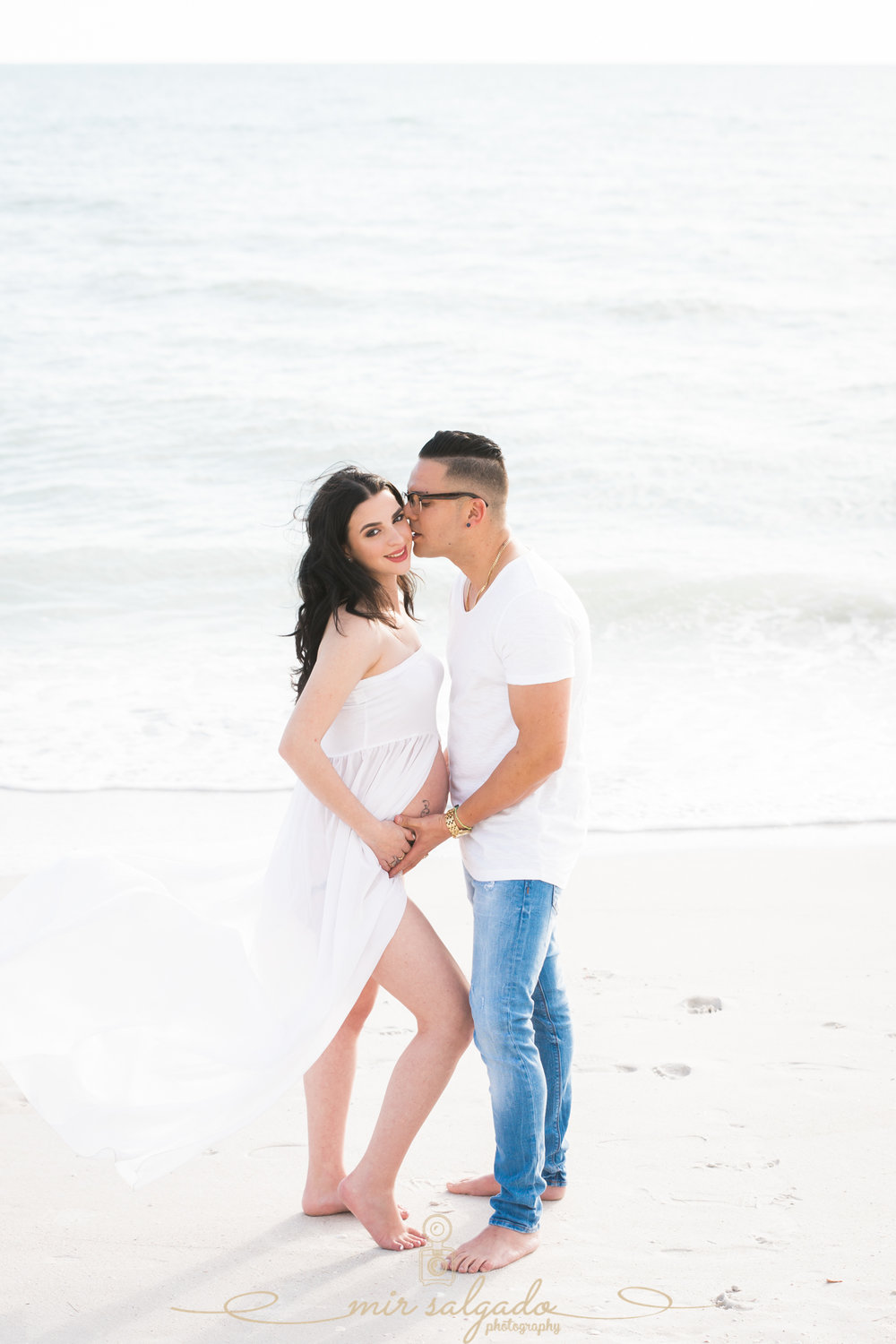 St.Pete-beach-maternity-session, St.Pete-maternity-photo, beach-maternity-session