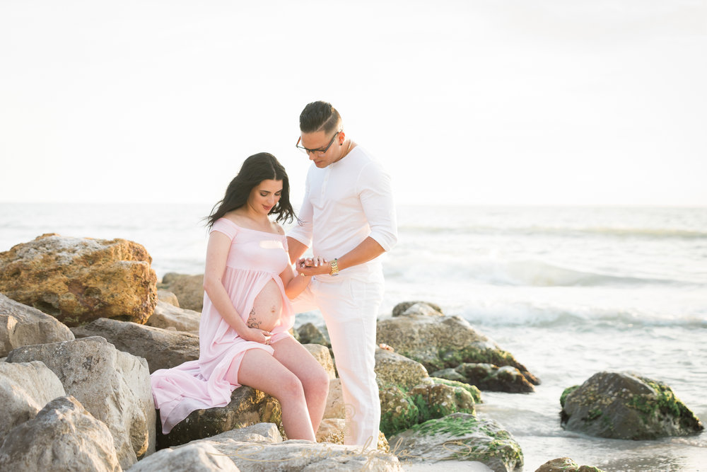 St.Pete-beach-maternity-session, Florida-beach-maternity-photographer, Tampa-photographer