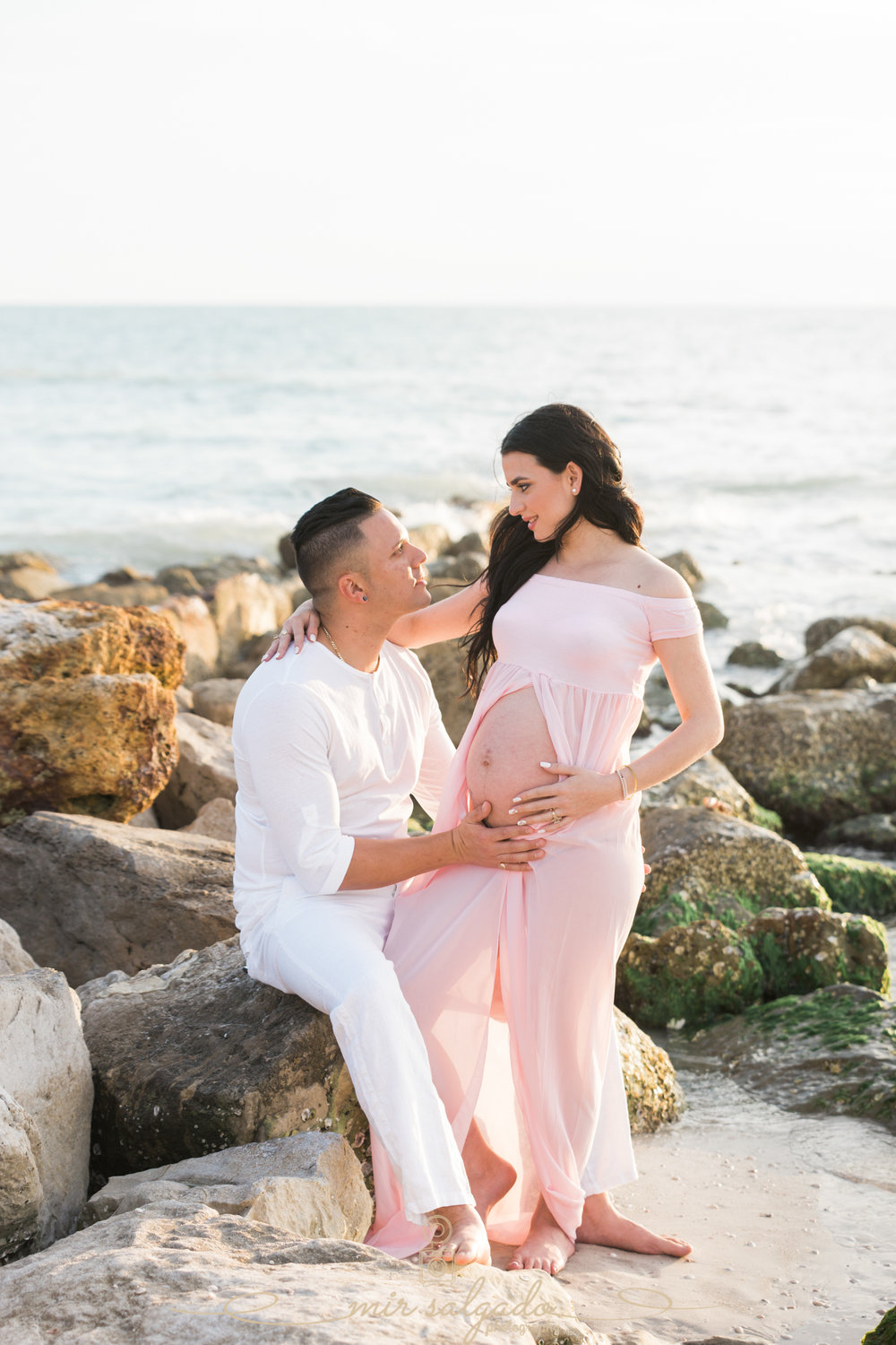 Tampa-maternity-photographer, Beach-photographer, beach-maternity-session