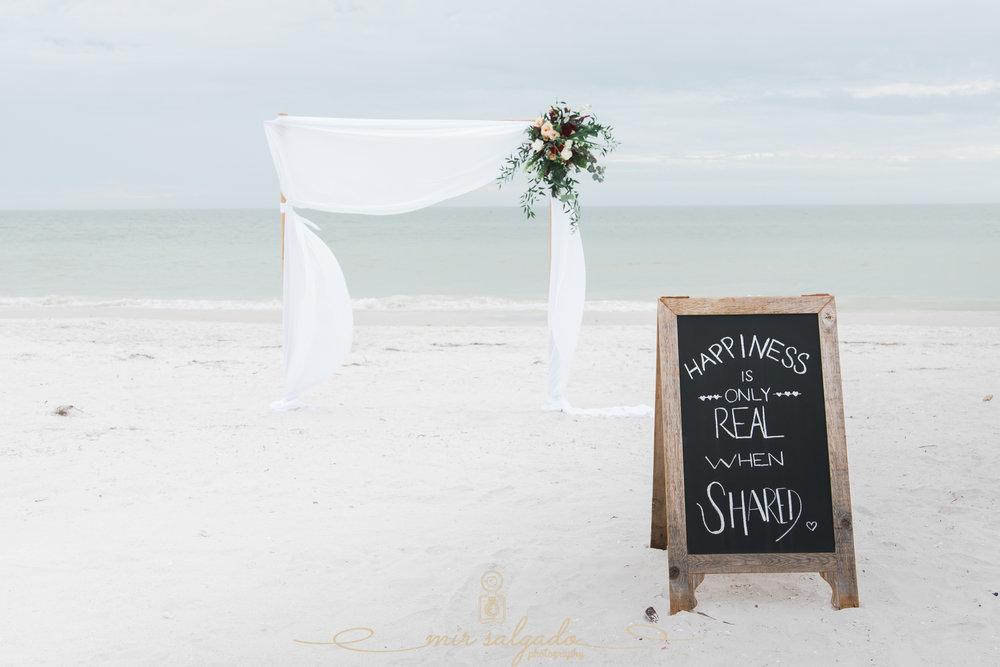 tide-the-knot-beach-wedding-set-up, Florida-beach-wedding
