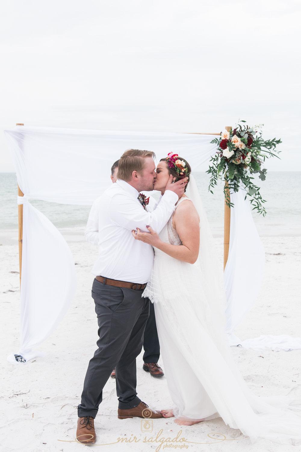 first-kiss-at-the-beach, beach-wedding-photo
