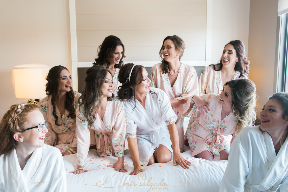 Tampa-wedding-photographer, Tampa-bridesmaids-wedding-photo