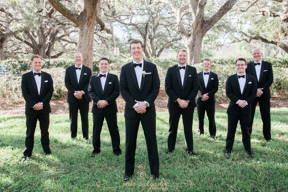 Tampa-wedding-photographer, groomsmen-photo