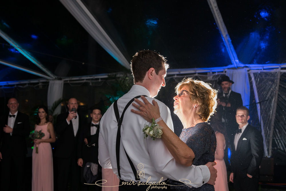 Tampa-yacht-club-wedding-photo, Mother-son-dance