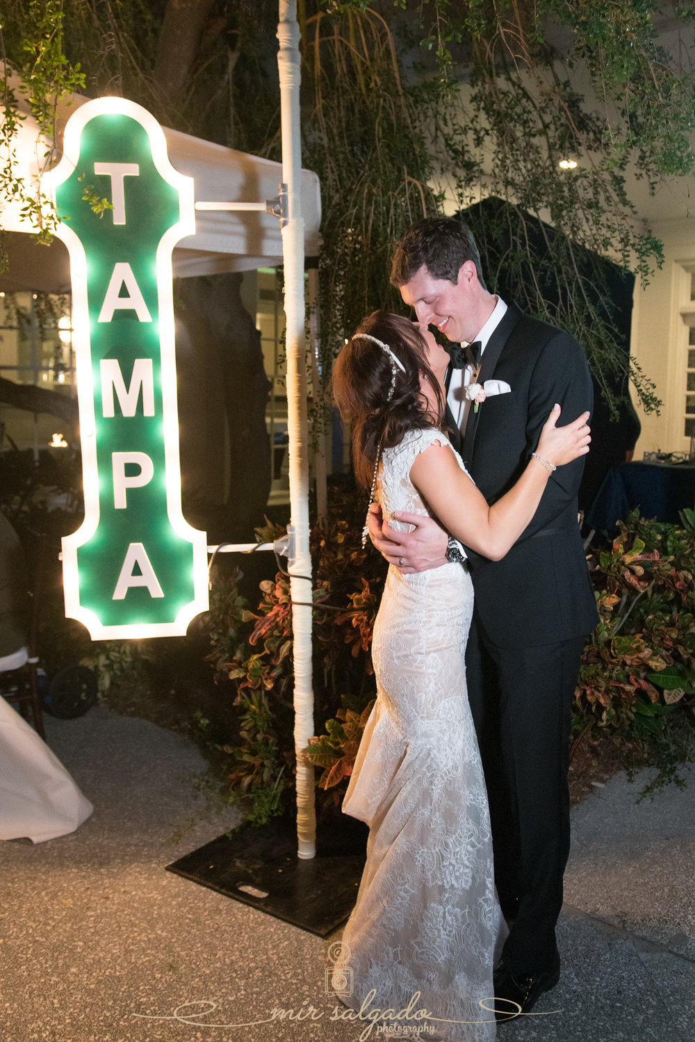 Tampa-wedding-photo, Tampa-yacht-club-photo
