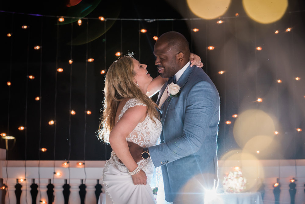 Hyatt-Zilara-wedding, Montego-bay-wedding-photographer, first-dance