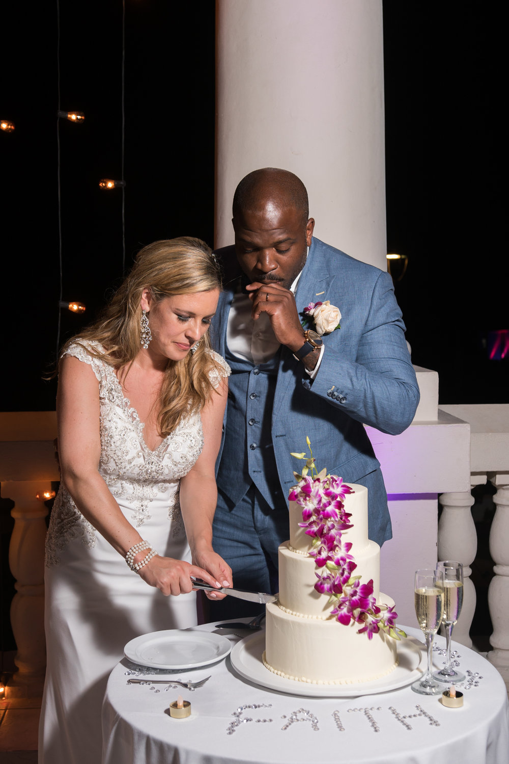 Hyatt-Zilara-wedding-photo, cake, wedding-cake, Montego-bay-wedding