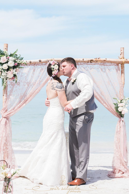 Lido-key-beach-wedding-photo, first-kiss