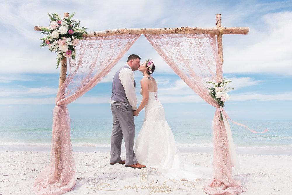 Lido-key-beach-wedding, Sarasota-wedding-photographer