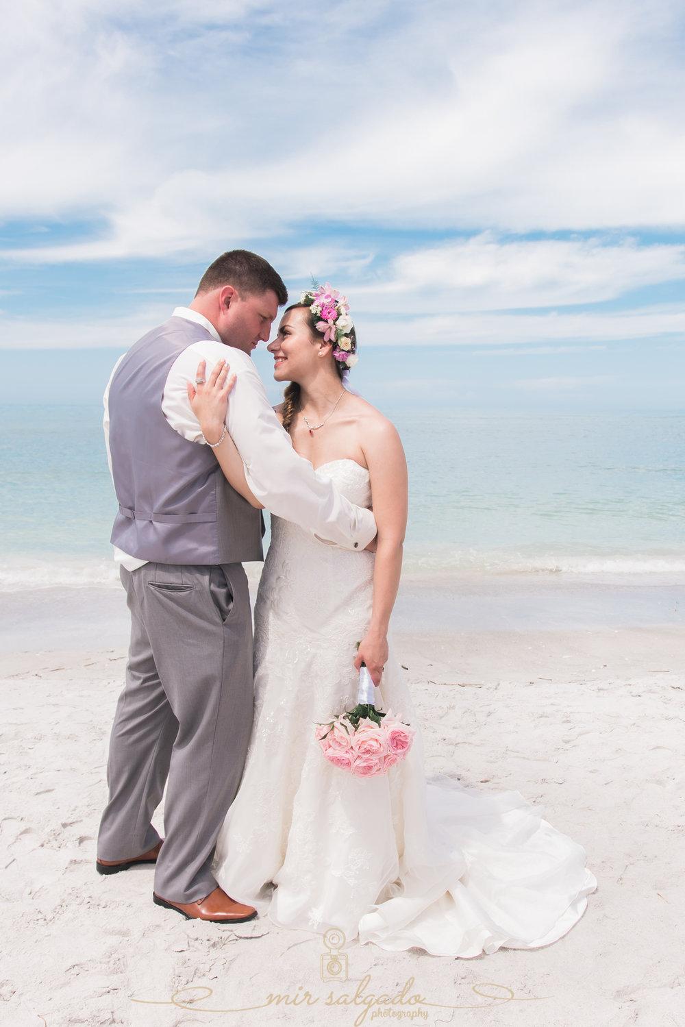 Sarasota-beach-wedding-photo, Florida-beach-wedding-photographer