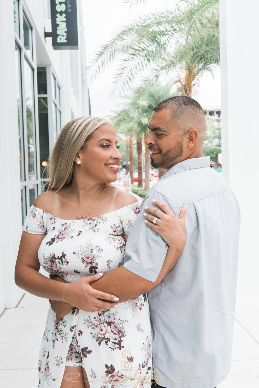 miriam-photography-tampa-st-pete-engagement-session-sunny-floral-dress
