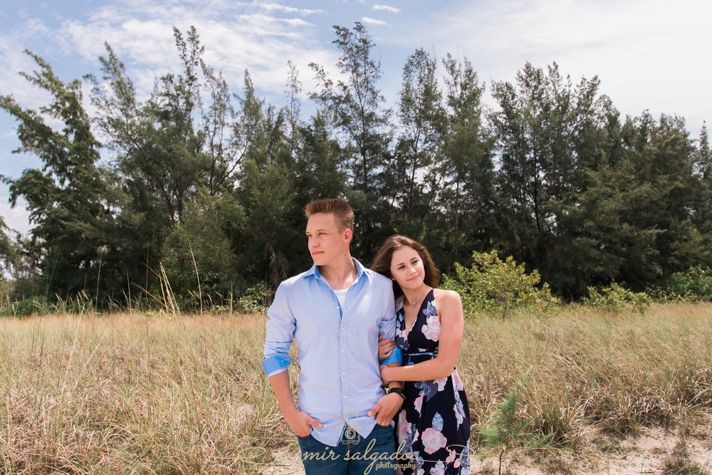 tampa-photographer-couple-session, sarasota-lido-key-beach