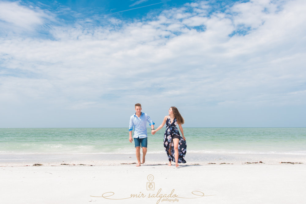 tampa-photographer-couple-session, sarasota-lido-key-beach, couples-portrait-session, vacation-florida-trip