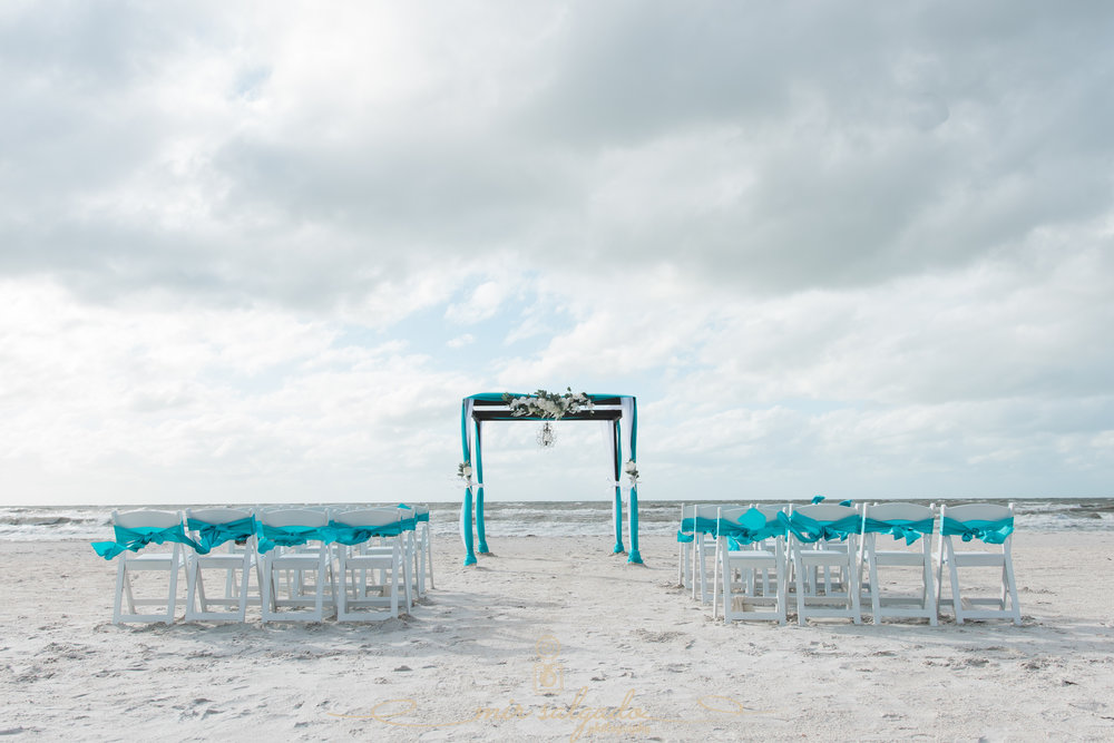 St.Pete-wedding-photo. , beach-wedding, Florida-beach-wedding
