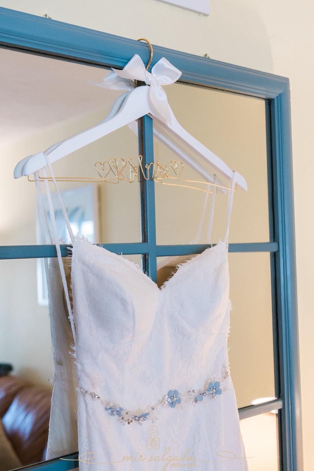 Bride-wedding-dress-photo