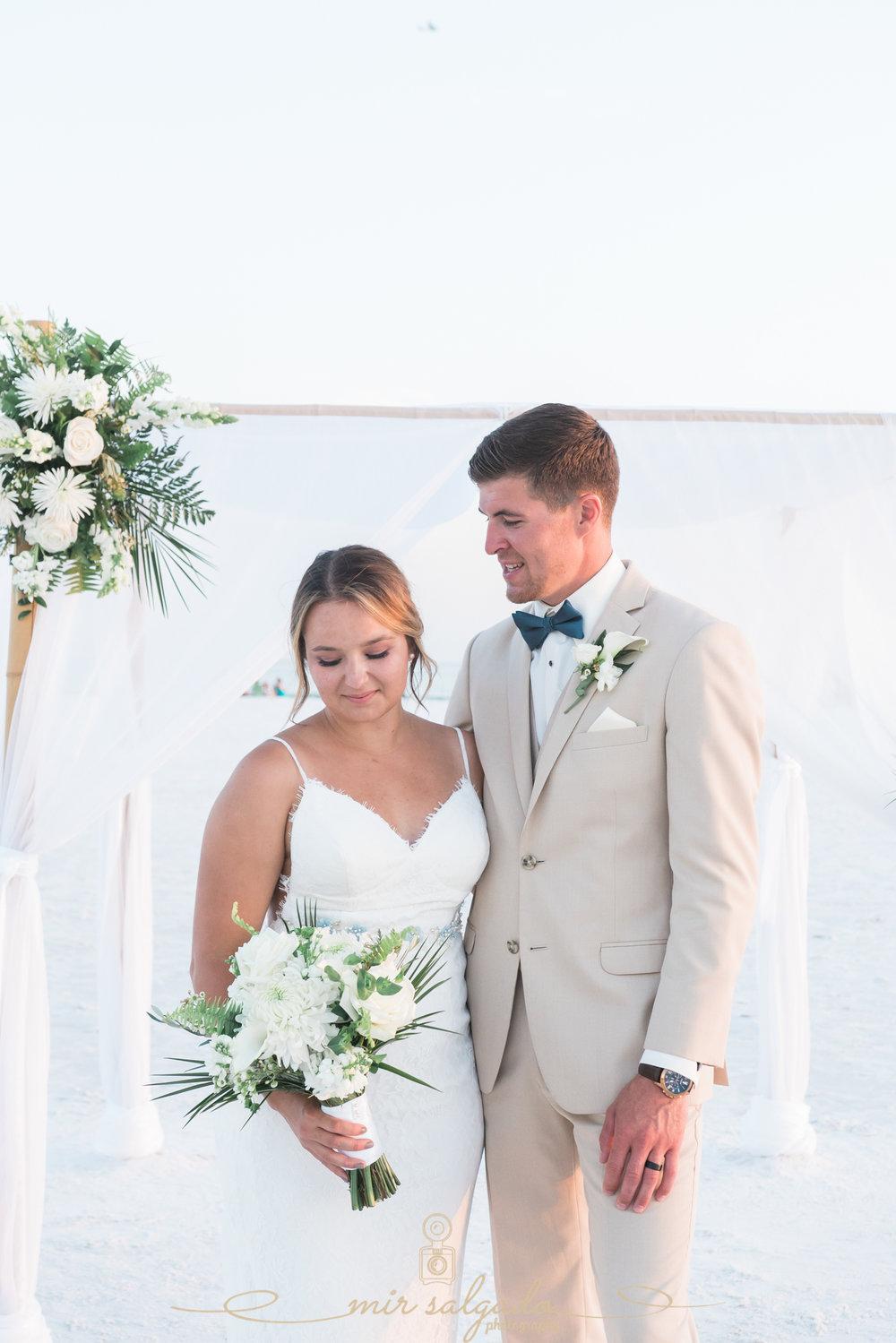 Sarasota-beach-wedding, Florida-beach-wedding-photo