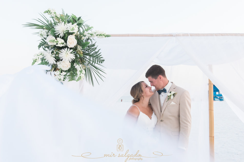 Tampa-wedding-photographer, Tampa-photographer, bride-and-groom-beach-wedding-photo