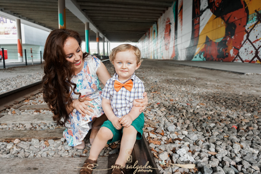 happy-mom-baby, orange-bowtie, Tampa-photographer, Tampa-Florida-family-photographer