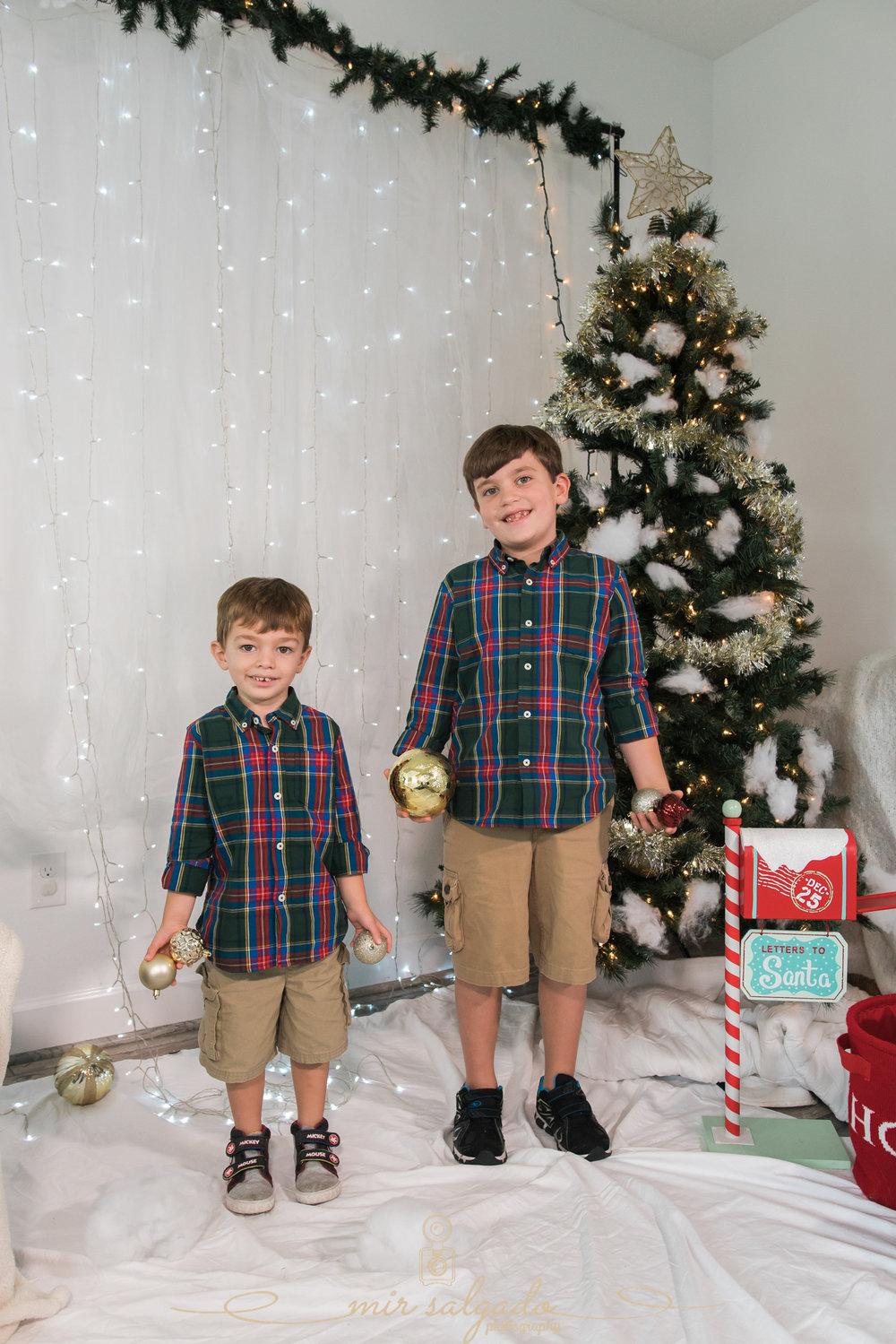 home-christmas-photoshoot, christmas-session, tampa-christmas-session, tampa-christmas photo-session
