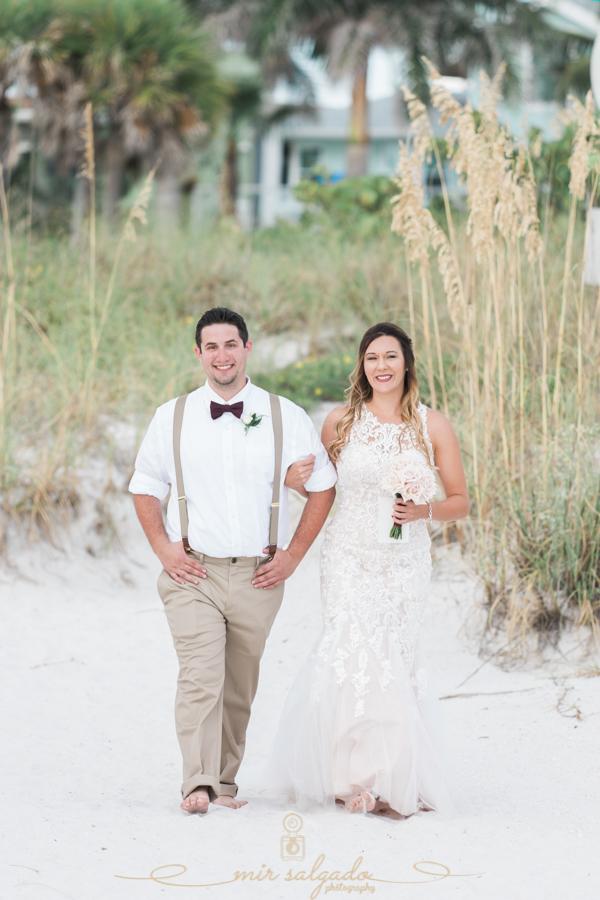 bride-beach-wedidng, St.Pete-wedidng, St.Pete-wedding-photographer
