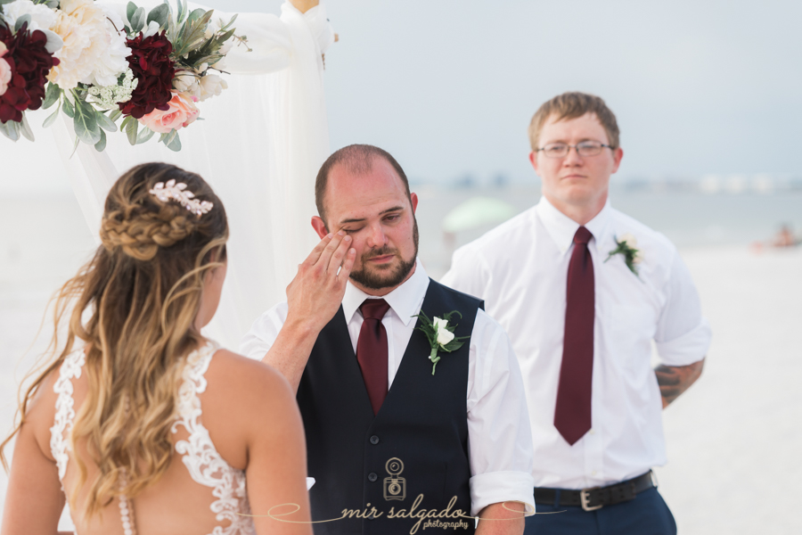 groom, beach-wedding, wedding-vows-photo